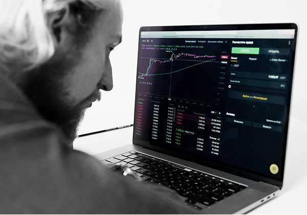Live-Trading-(JPEG)